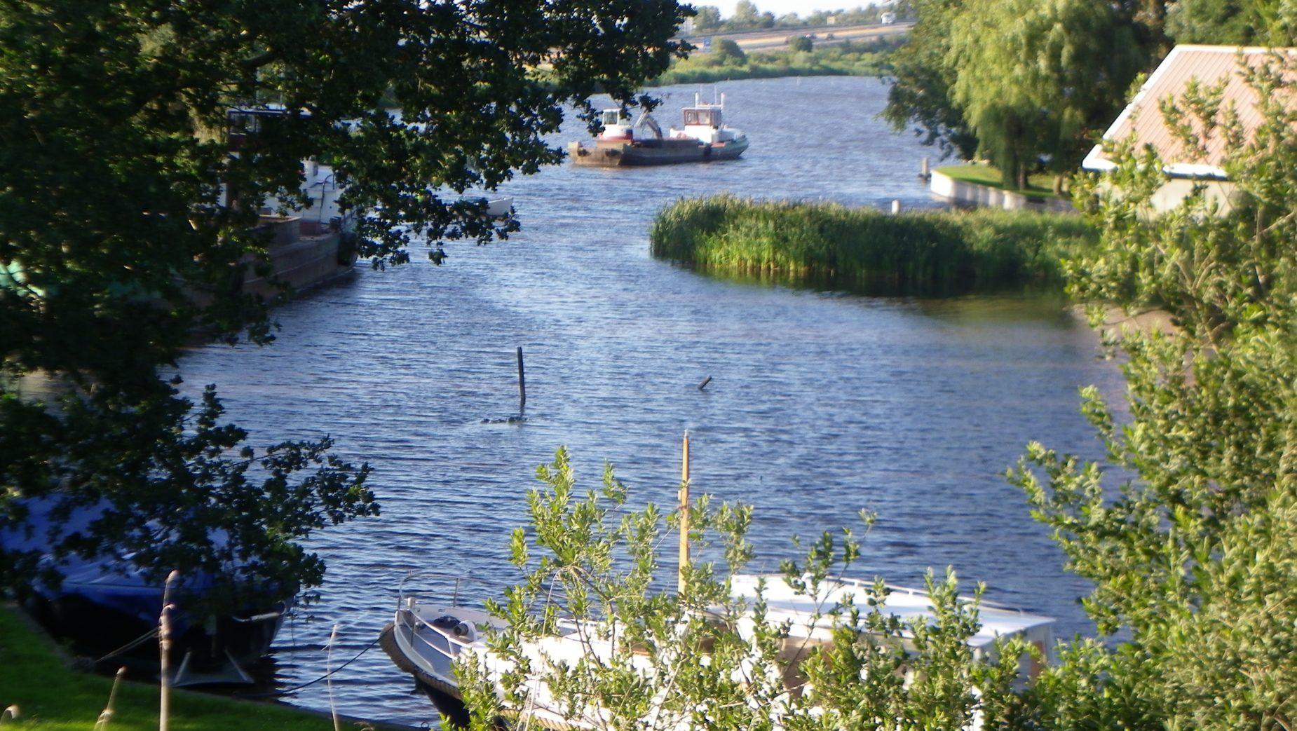 Haventje Oosterzee-Buren